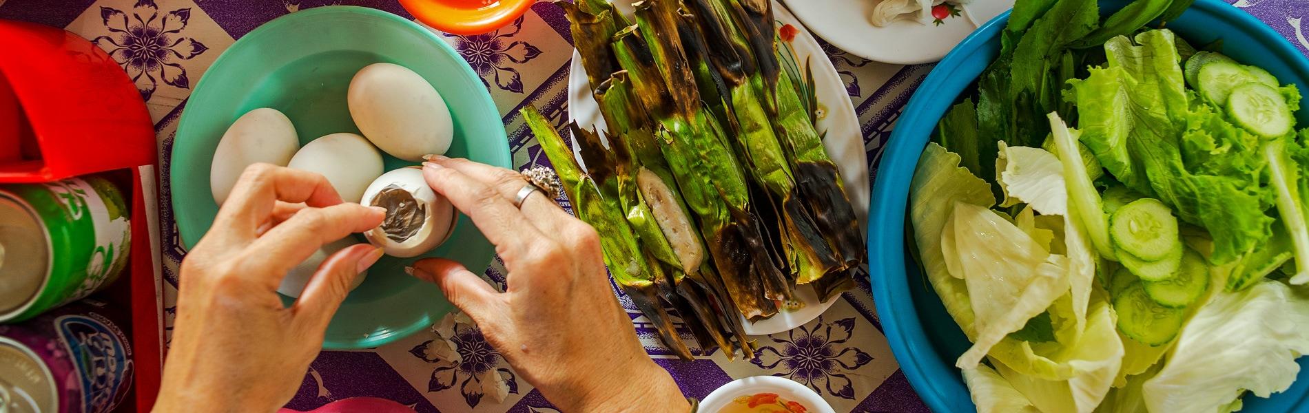 Street food in Battambang. Copyright © 2016 Siem Reap Retreats 2016. All Rights Reserved.
